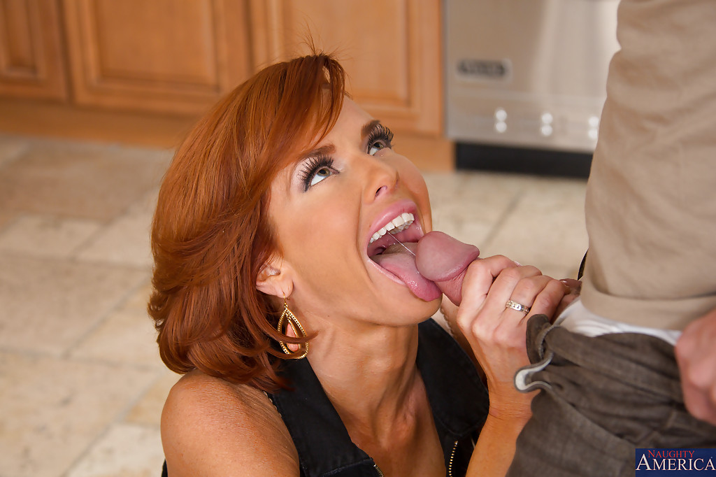Mature milf blowjob chick