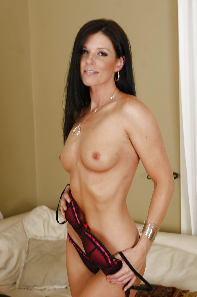 Milf xxx brunette hair long