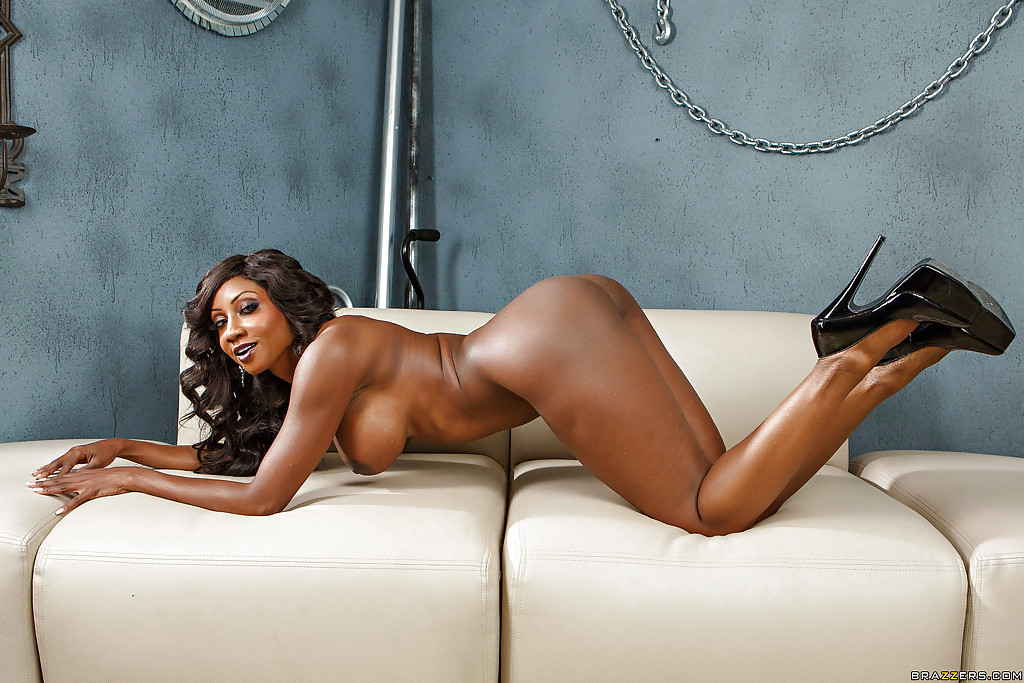 Milf Ebony Diamond 73