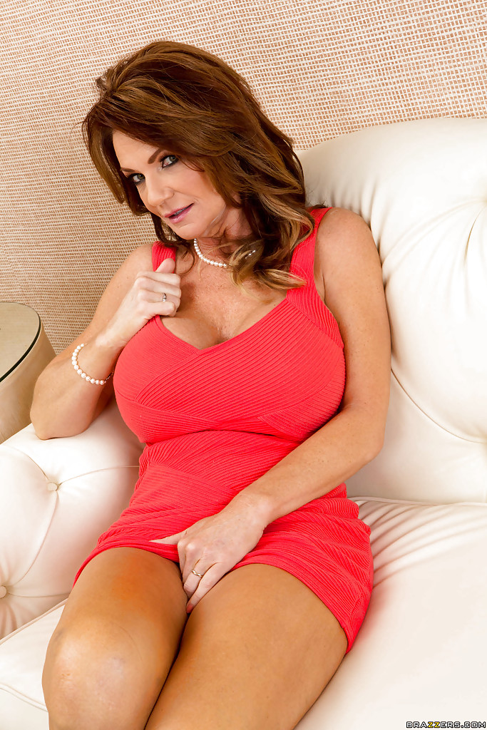 Naked sexy mrs deauxma — photo 5