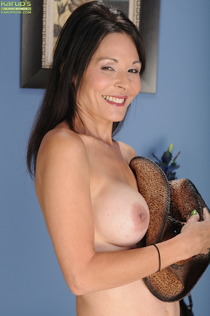 Mature perfect boob