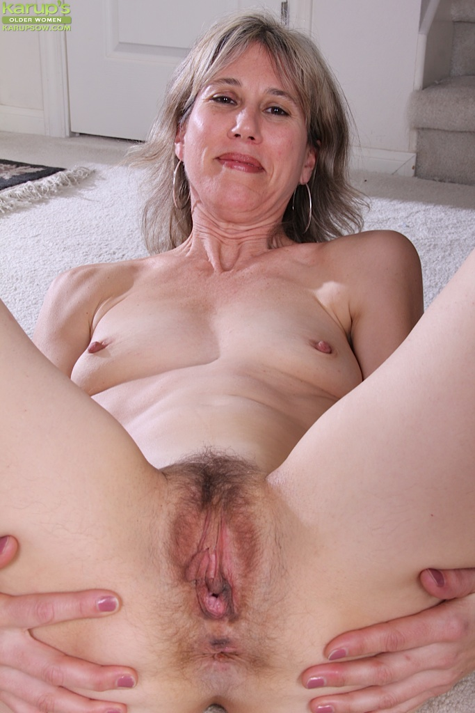 Mature sex in panties