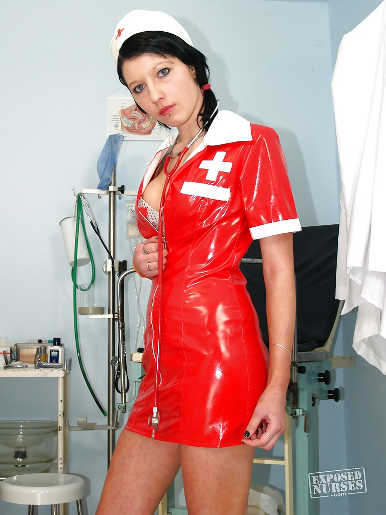 nurse babe silvia masturbating her pussy and showing it close up