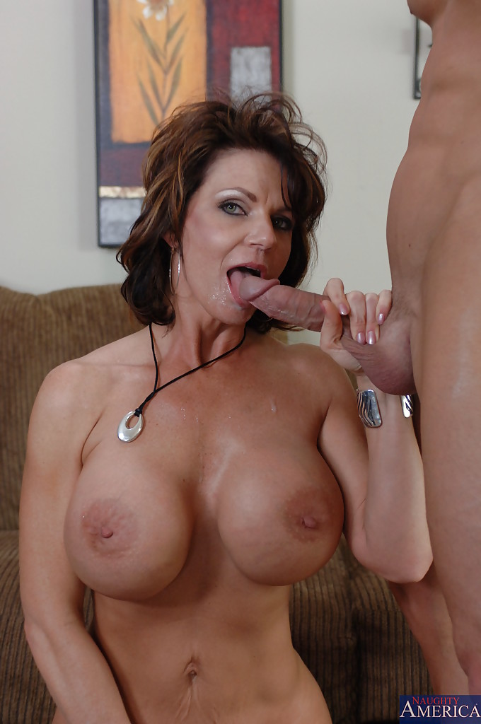Big Tit Mature Housewife Fuck