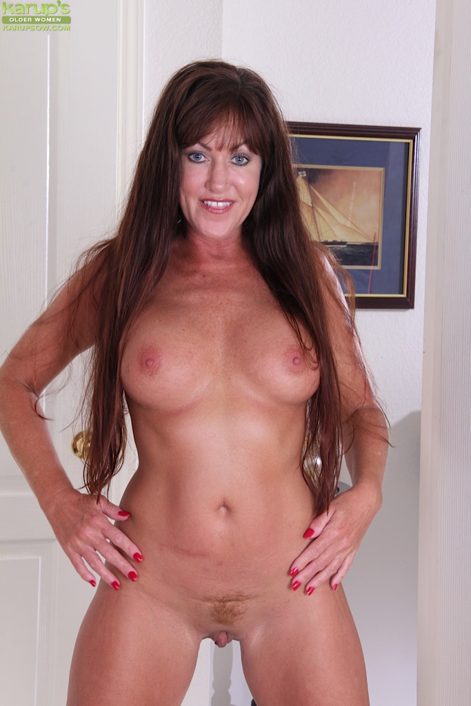 Mature brunette big boobs