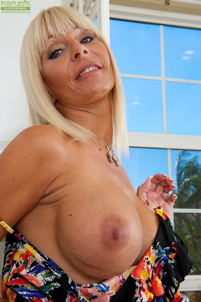 Huge tits blonde mature-1264