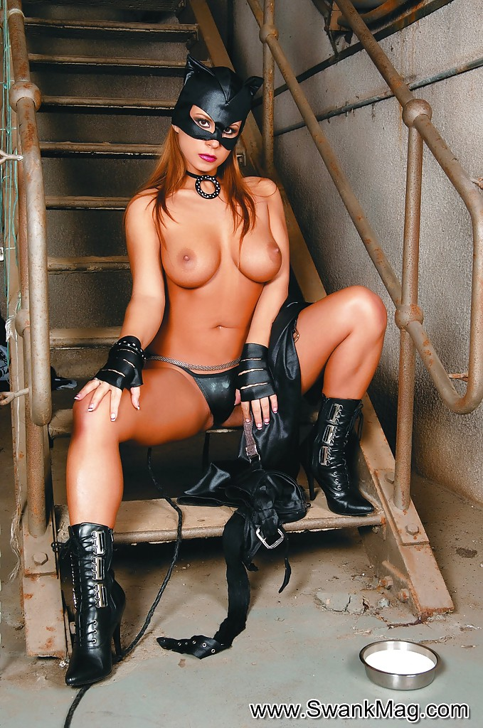 cute catwoman with big tits heather masturbating that