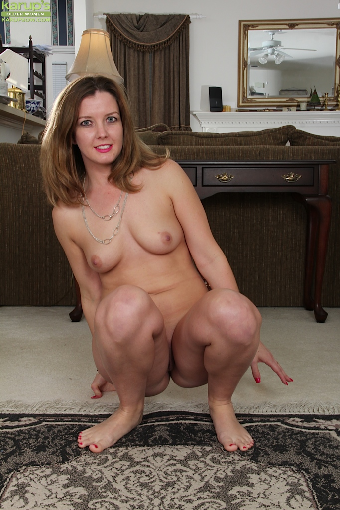 Big tits hot mature brunette