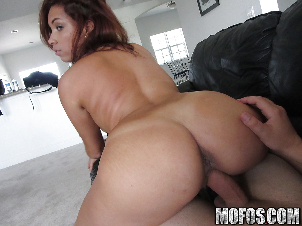 Shaved pussy latina slut Marcella gets banged in her hole
