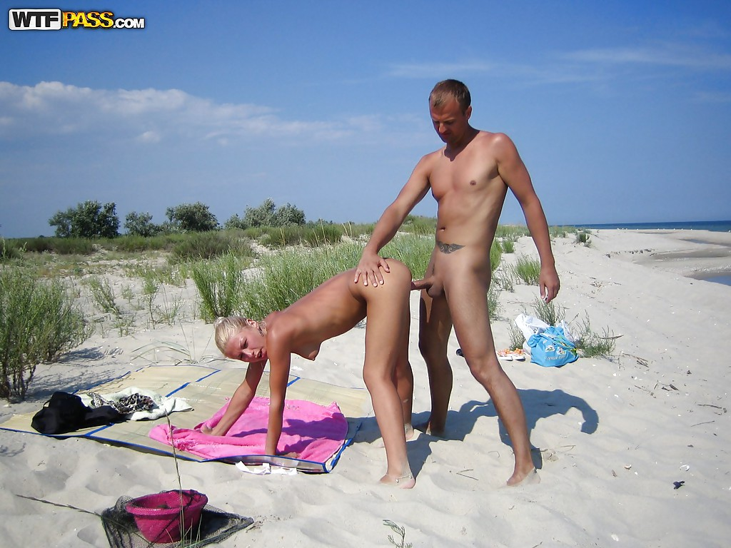 girlfriend sex nude beach