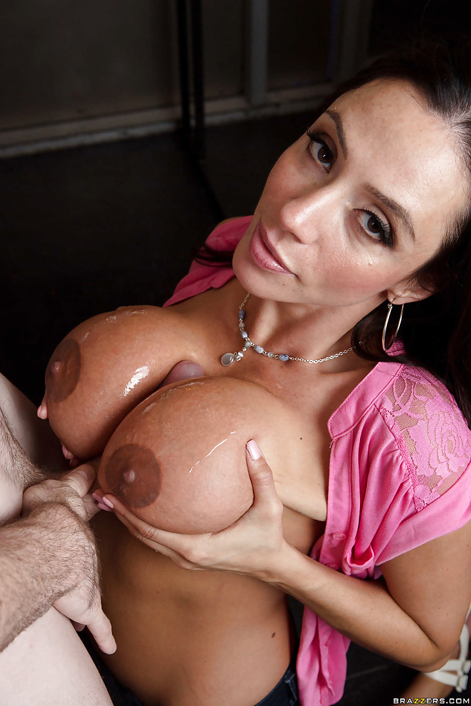 boobs bj