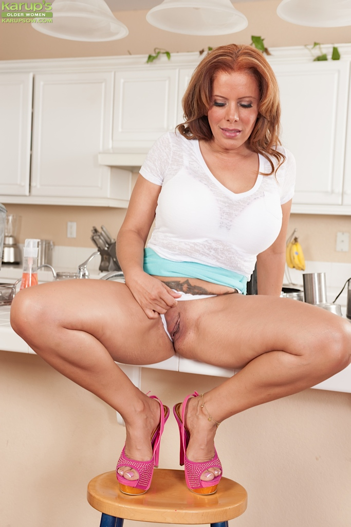 Women sex mature kitchen