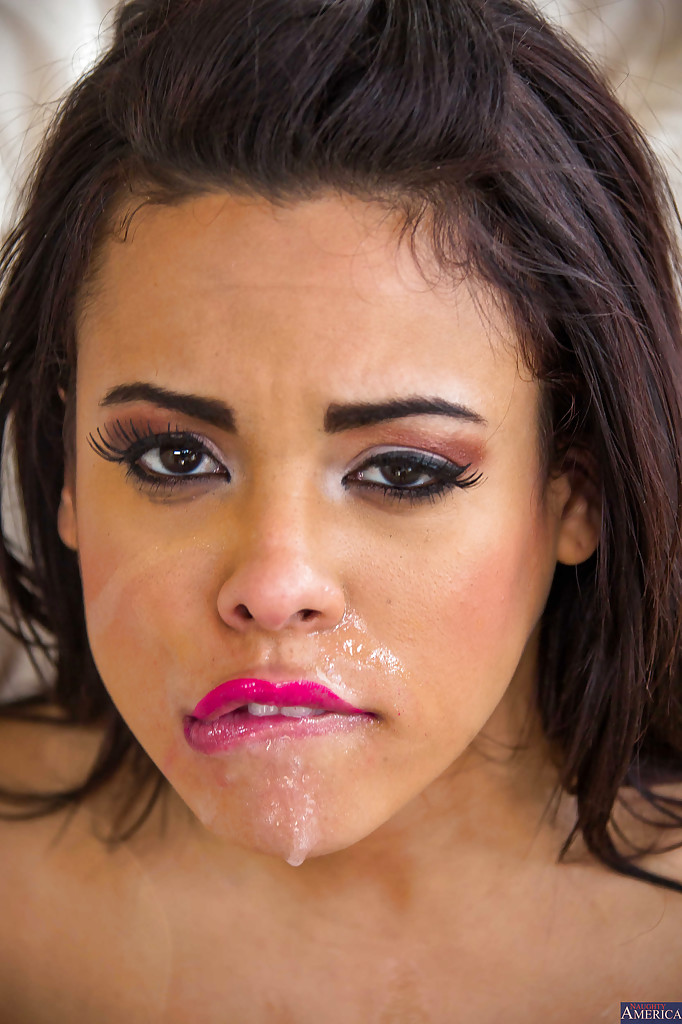 Cute dillion harper drips cum out of her smile
