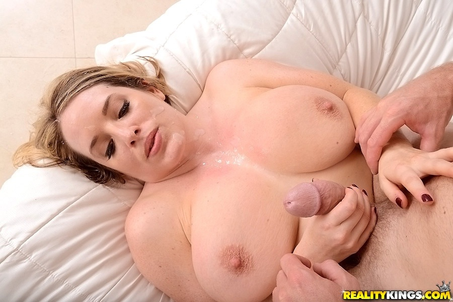 Maggie green sucks and fucks a big cock