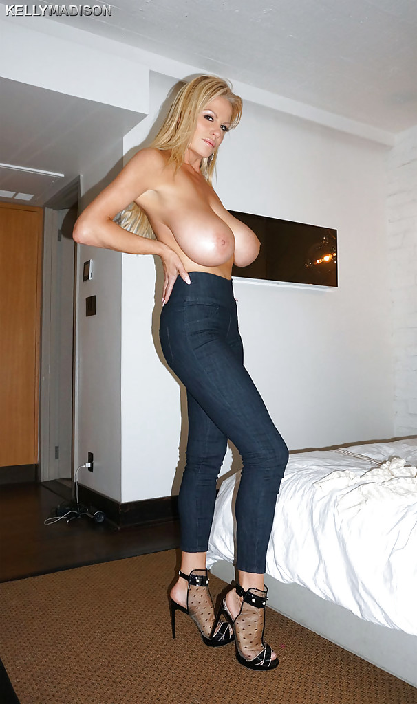 mature tight jeans tits