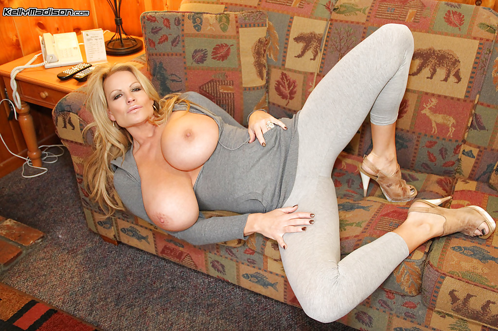 amateur blonde milf big tits - ... Non nude amateur milf Kelly Madison reveals her natural big tits ...