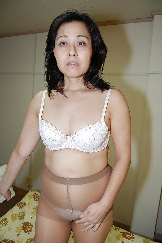 Wet asian milf
