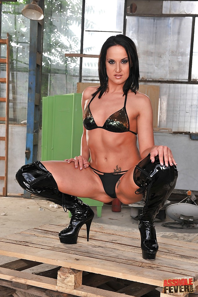 Playboy pussy sexy slut i n high boots break