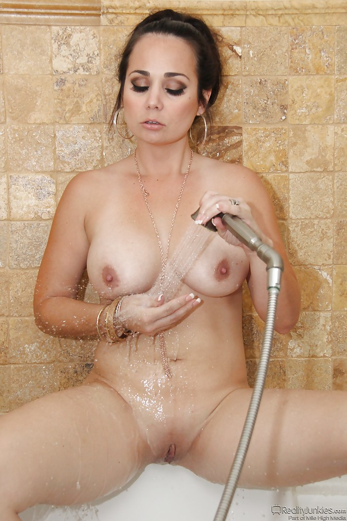 milf latina in shower