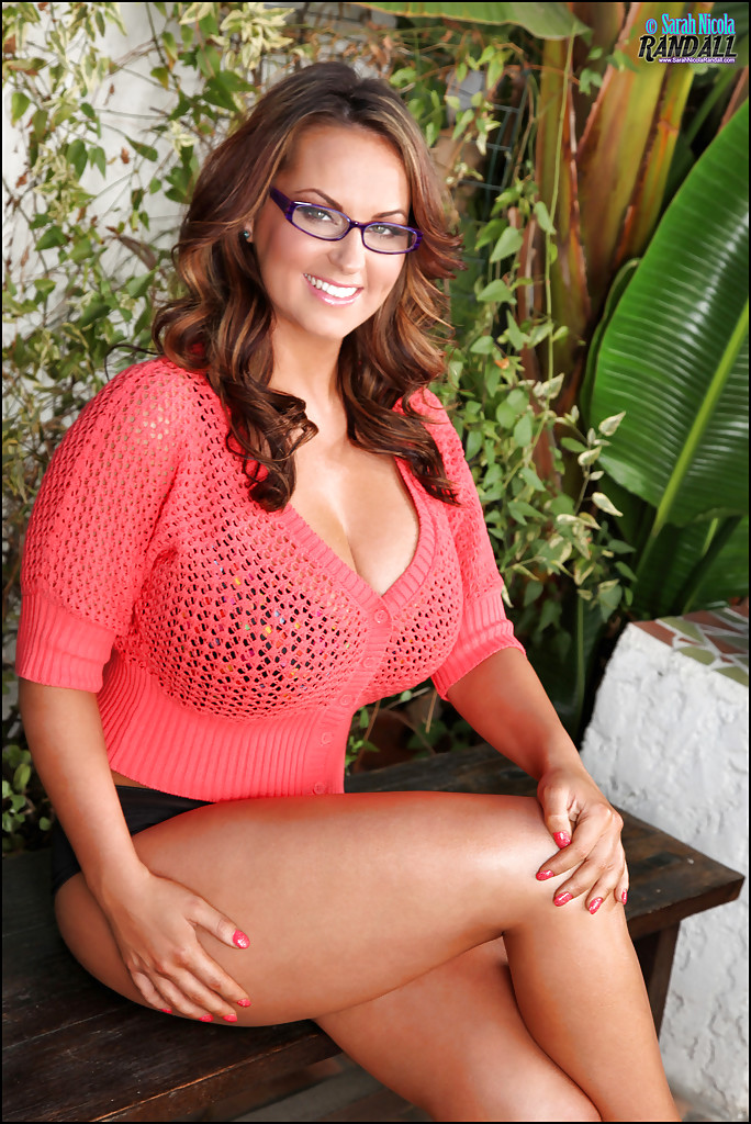 Beautiful milf glasses