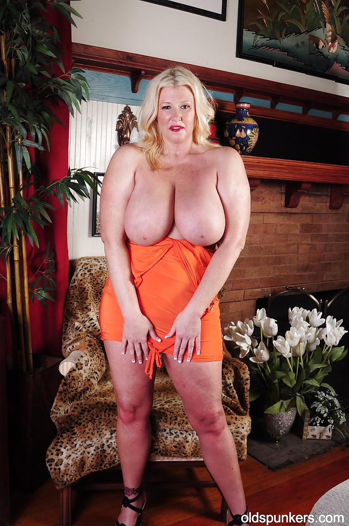 naked-big-titt-big-tits-fat