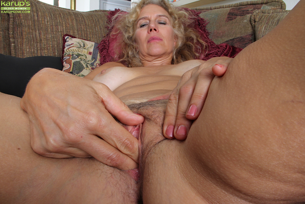 French mature christiane - 1 part 8