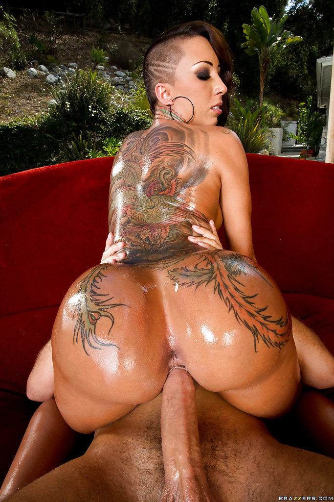 big sexy naked tattooed black girls
