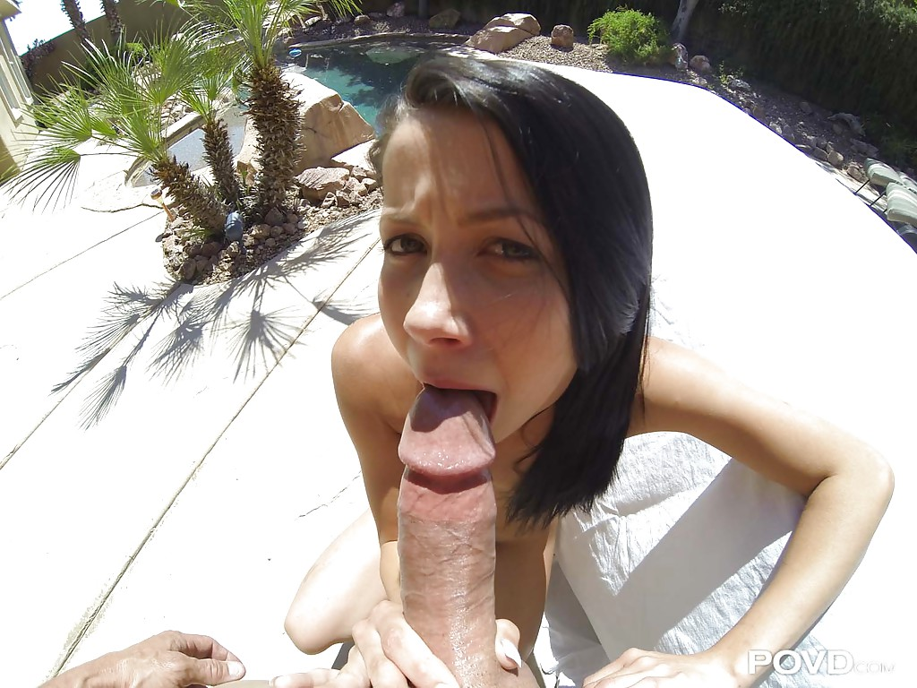 Outdoor blowjob movies 4
