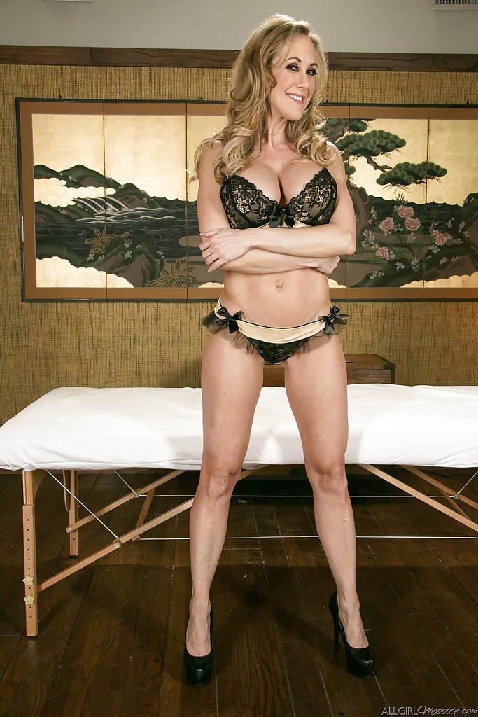... Milf babe Brandi Love gets ready for massage in her high heels ...