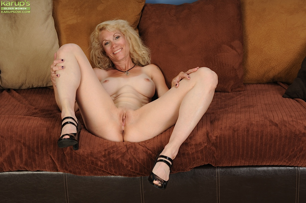 Long mature tits small legs fill