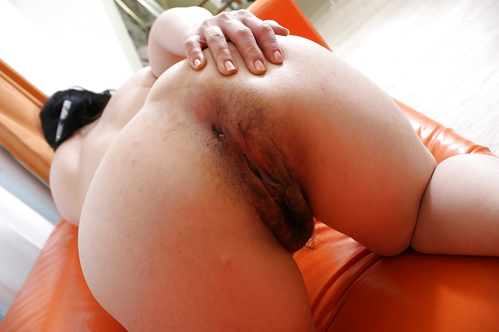 Asian hairy ass