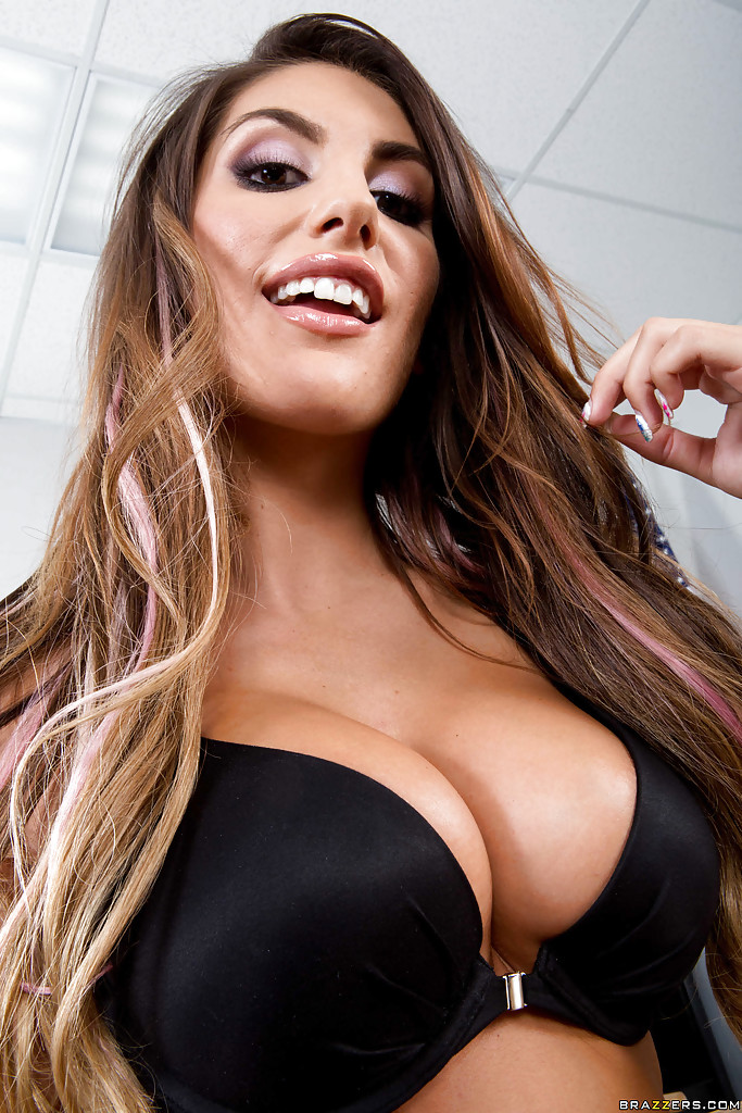 august ames photo