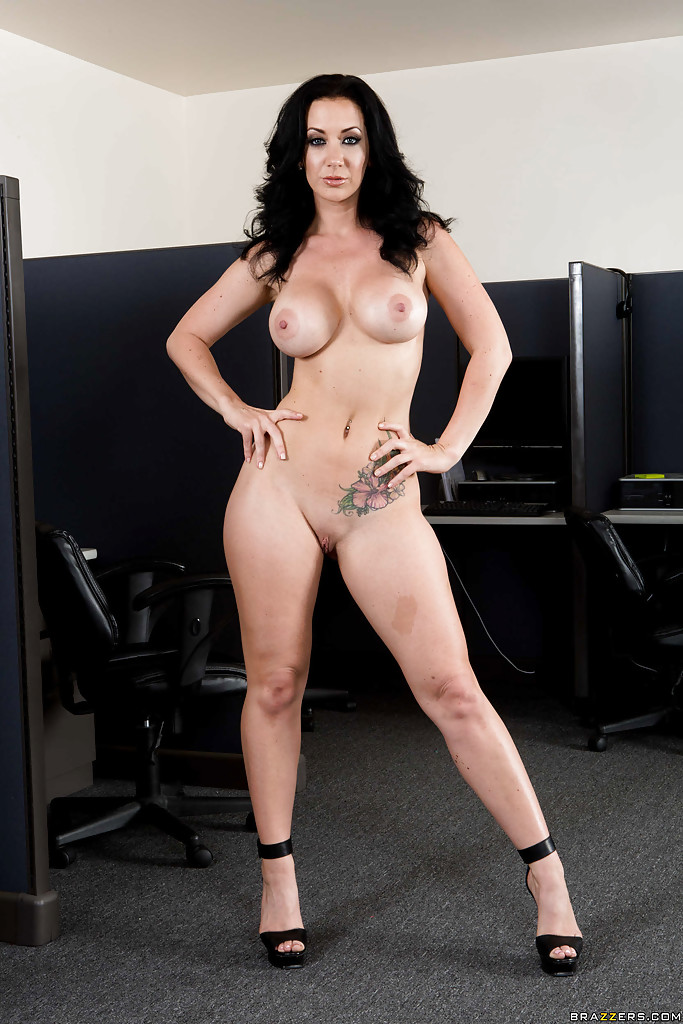 Jayden jaymes shows off tits