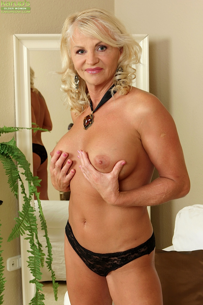 Free milf monster tit video