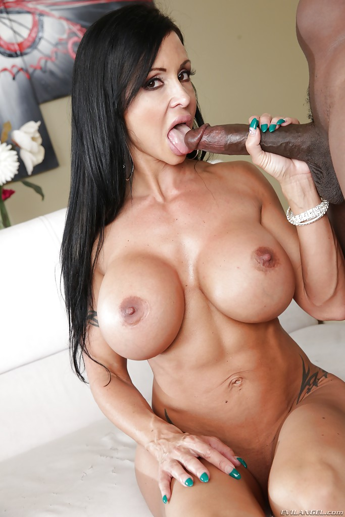 Latina milf assfucking
