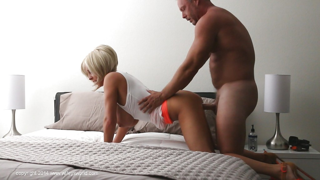 Wifeys world anal play