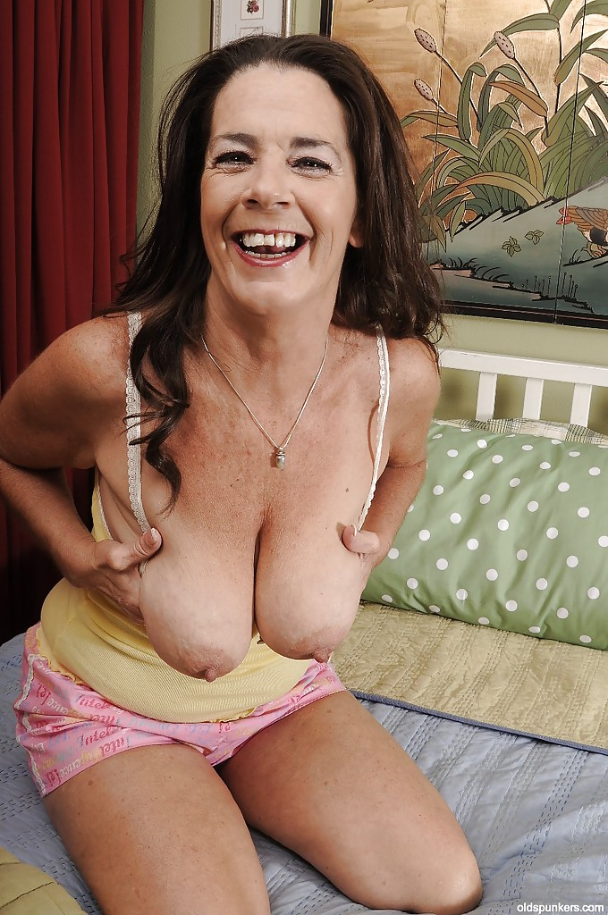 Tit granny pictures Saggy
