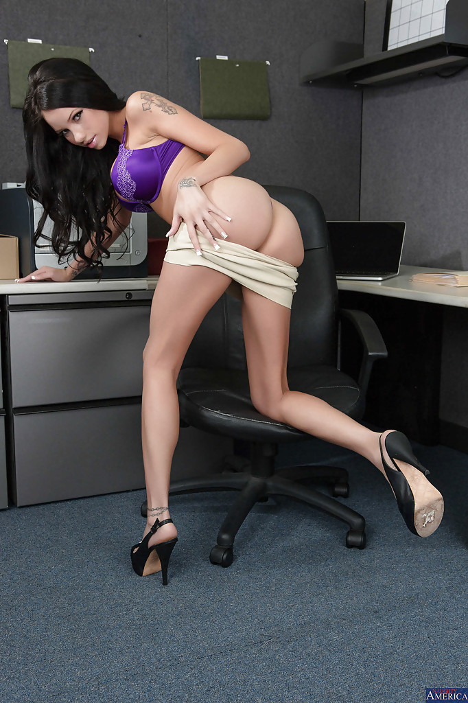 Milf gets interrcial fuck in office