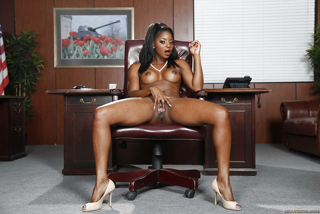 soccer-team-ebony-office-girl-sex-rico-babe