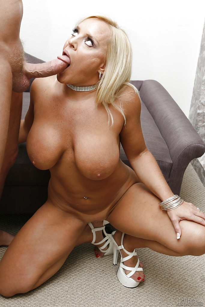 Blonde big tits pornstars