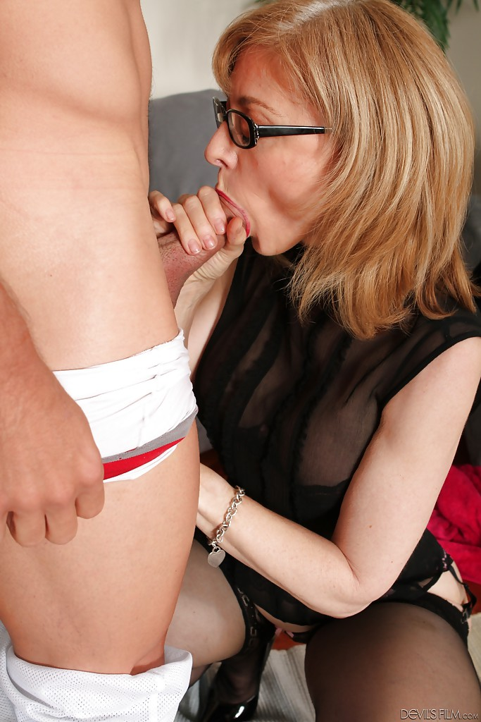 Mom with glasses porn agree