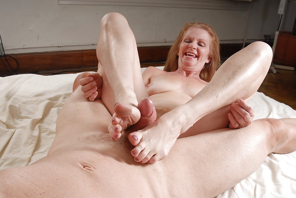 Granny footjob pictures