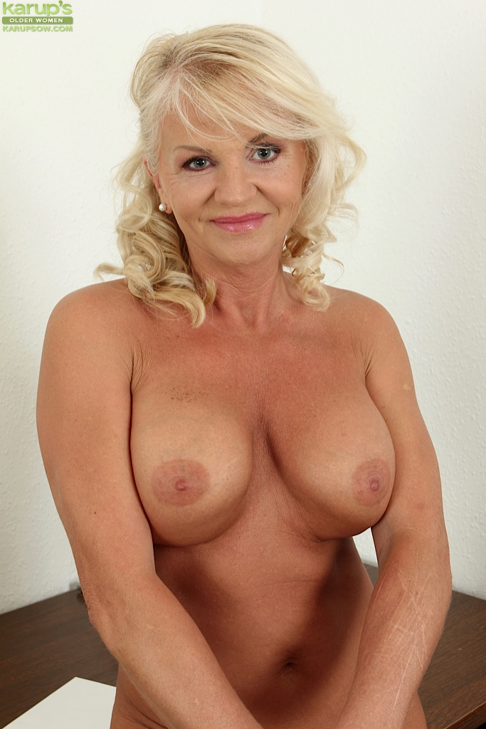 And big tit mature blonde was