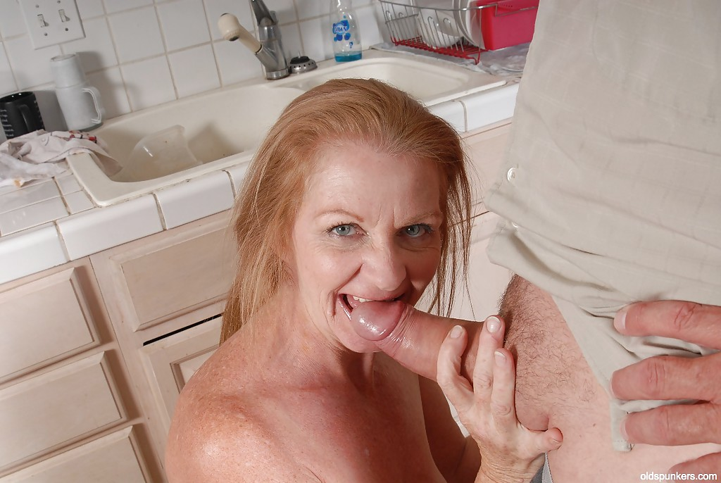 Hot mature granny blowjob