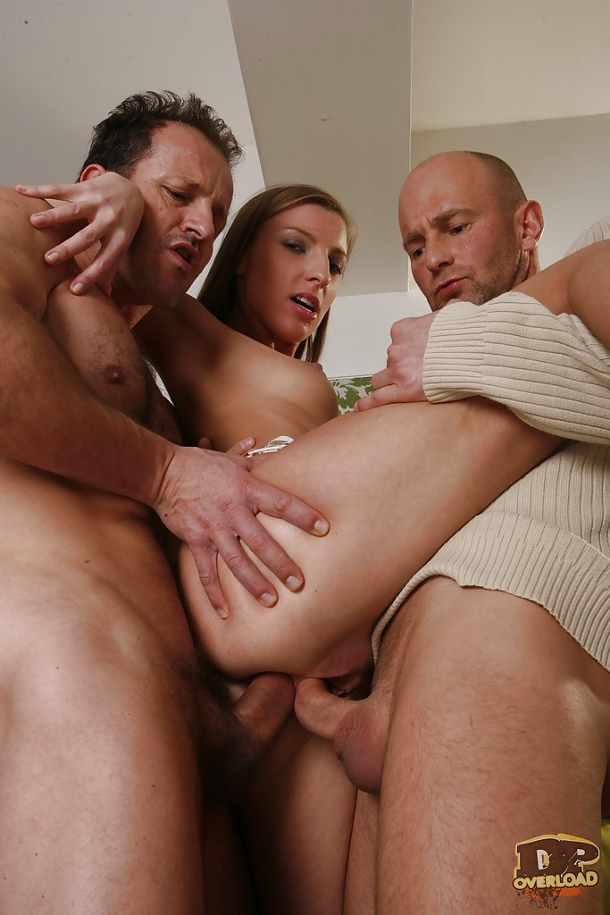 Morgan Moon gets double penetrated in a threesome groupsex