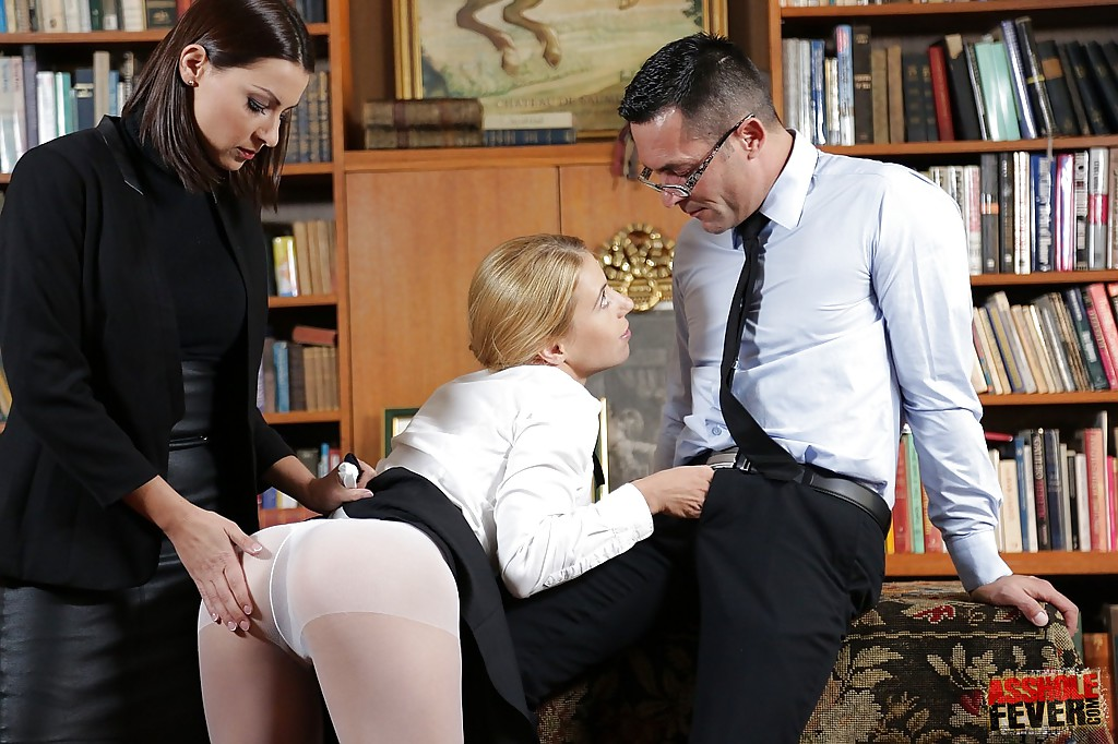 Secretary sandwich threesome pantyhose picture gallery