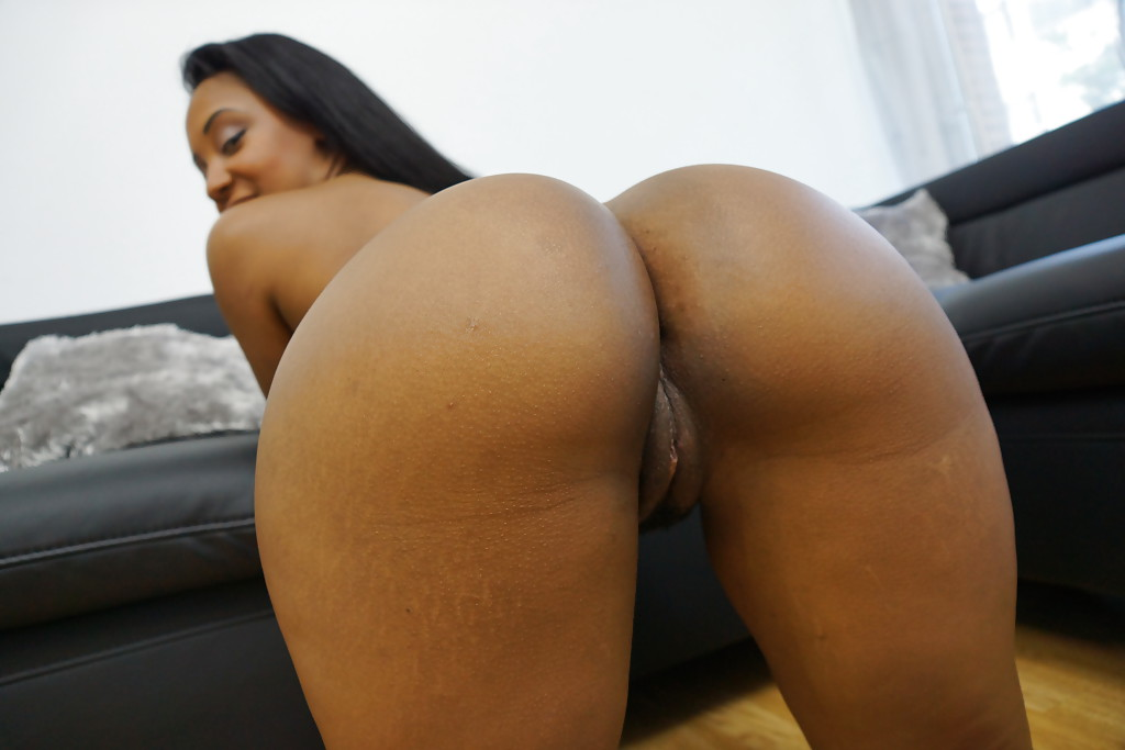 isabella soprano videos ass parade