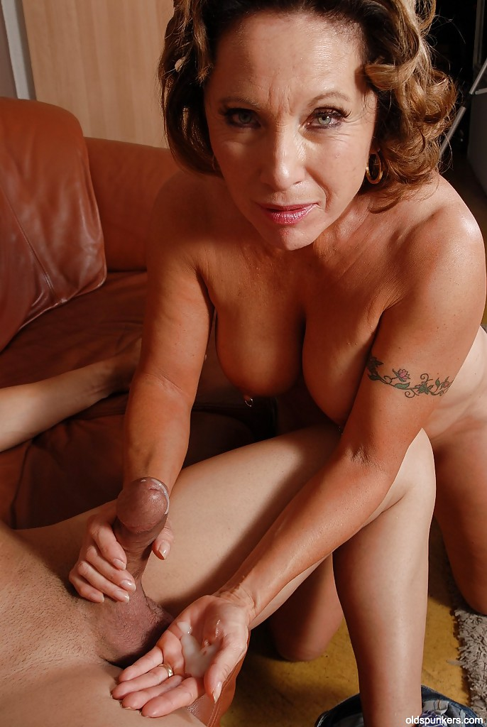 Lesbian licking and play with strapon 04 - 3 4