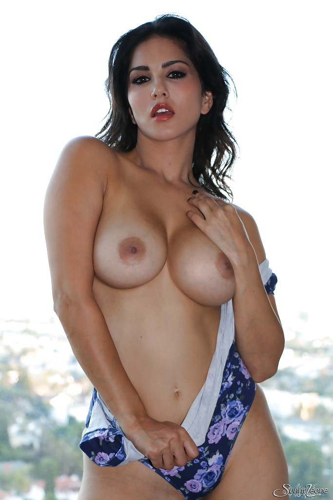 Nipples boobs sunny leone