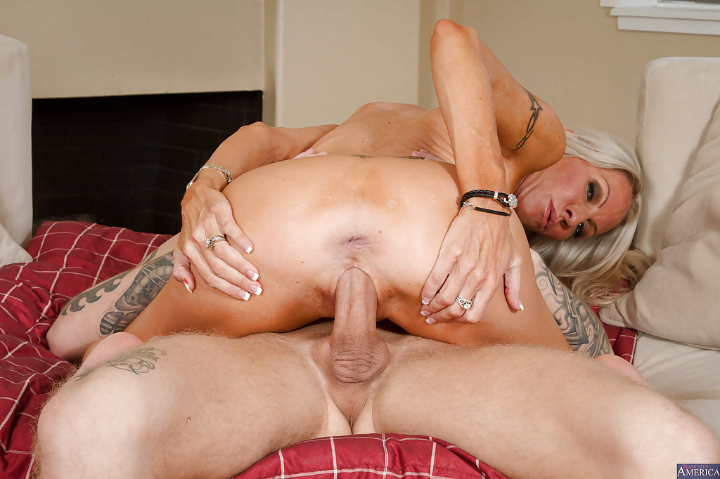 nice pussy getting fucked